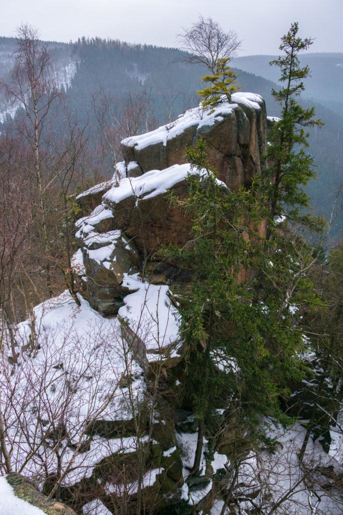 Das Bild zeigt den Blick von der Rabenklippe.